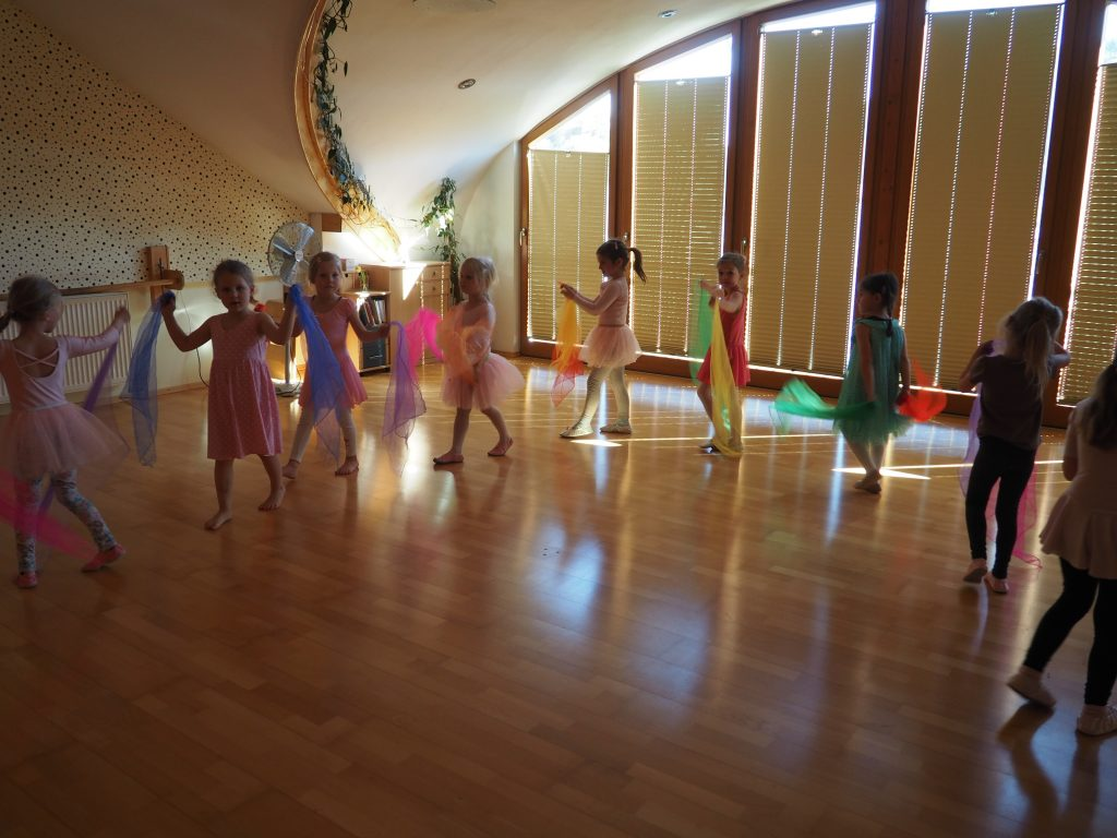 Mädchen kennenlernen tanzkurs